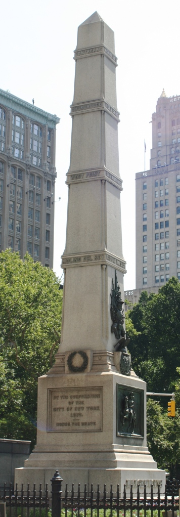 Worth_Monument_tight_crop_2
