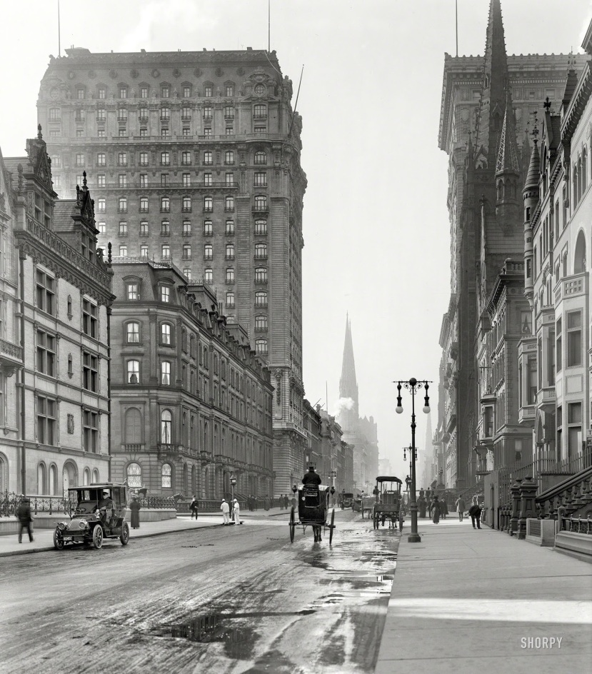 1_SHORPY_5th Avenue 1905 Daly Mansion on the Left